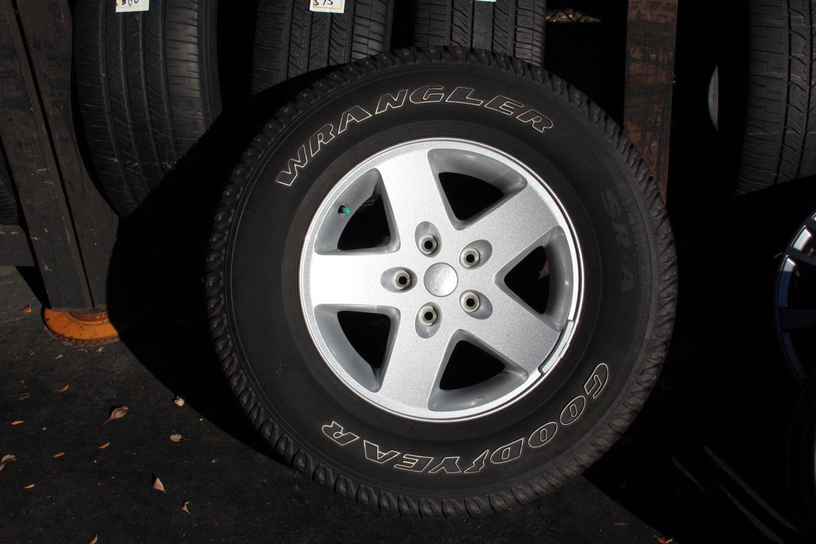 Jeep Wrangler 2010 2011 2012 2013 2014 2015 17 Oem Rim 245 75 17 Tire 9074 Alloemrims Com